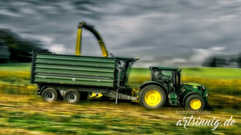 slow shutter speed Landwirtschaft Aufnahmen von der Maisernte